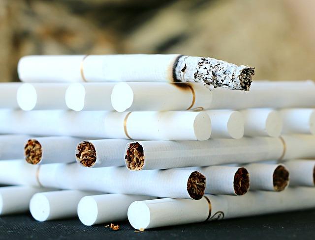 bílé cigarety