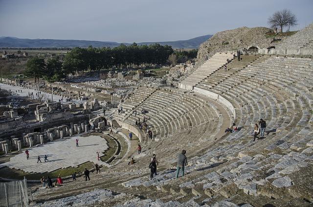 Amfiteáter v meste Efez.jpg