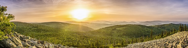 východ slnka nad vrchmi.jpg